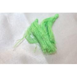 pompon en fil de soie petit taille ref pfs014